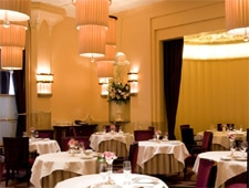 Dining Room at Gordon Ramsay at Claridge