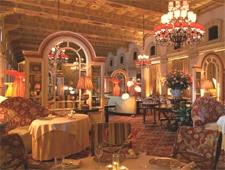 The dining room of L'Escalier in Palm Beach, FL