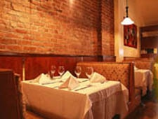 Dining room at Restaurant Tabla, Montréal, canada