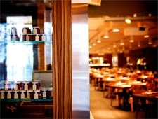 Dining room at Rosalie Restaurant, Montréal, canada