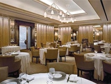 Dining room at THIS RESTAURANT IS CLOSED Gordon Ramsay at The London, New York, NY