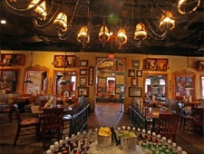 Dining room at Pearl's Fish House, Oklahoma City, OK