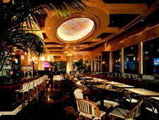 Dining room at The Cheesecake Factory, Winter Park, FL