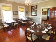 Dining room at Highland Manor, Apopka, FL