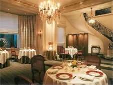 Dining room at Taillevent, Paris, france