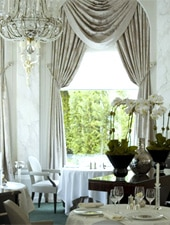Dining room at Le Pré Catelan, Paris, france