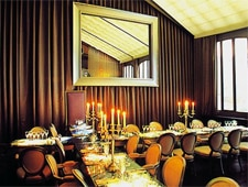 Dining room at Bon, Paris, france