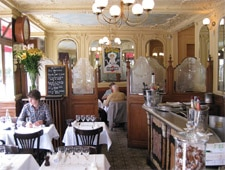 Dining room at Le Chardenoux, Paris, france