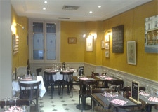 Dining room at L'Opportun, Paris, france