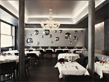 Dining room at Maxan, Paris, france