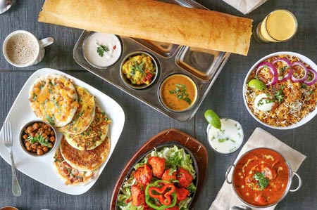Annapurna's extensive menu includes the house specialty dosas: rice and lentil crêpes.
