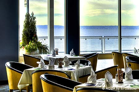 Elegance abounds at this waterfront seafood restaurant.