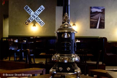 Microbrews and beer-friendly fare with flair at Flagstaff's premier brewpub.