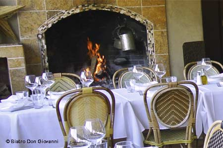 Bubbling bistro with satisfying Italian fare.