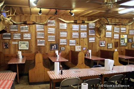 Erected in 1932, this is the oldest family-run barbecue joint in Texas.