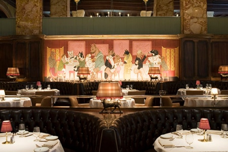 Sexy steakhouse pays homage to old Hollywood.