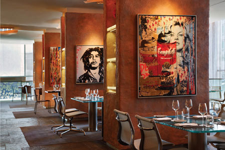 Art and design paired with French cuisine and fine wine at this Four Seasons restaurant.