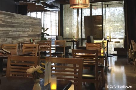 This bright, welcoming restaurant offers vegetarian and vegan fare as well as decent wines.