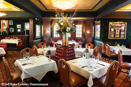 With its 1933 gangster steakhouse theme, Carlo & Johnny recalls a time when