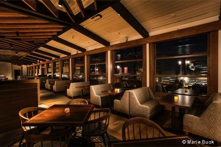 Dining Room at The Castaway, Burbank, CA