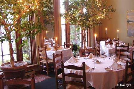 Cavey's is one of the most romantic restaurants in Hartford, Connecticut