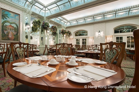 There is a separate kids' section to the enormous buffet at Enchanted Garden Restaurant at Hong Kong Disneyland Hotel