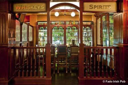 THIS RESTAURANT IS CLOSED Fado Irish Pub, Miami, FL