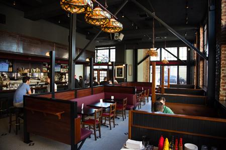 The Greyhound Bar & Grill, Los Angeles, CA