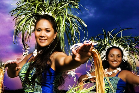 Enjoy the entertainment at Haleo in the Sheraton Kona Resort & Spa at Keauhou Bay