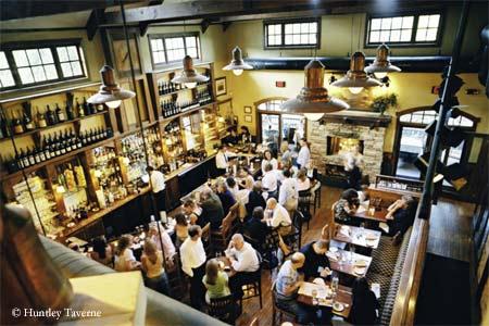 Trendy restaurant in Summit for seasonal American cuisine.