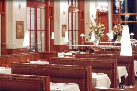 Longstanding downtown restaurant showcases regional Italian cuisine in an elegant setting.