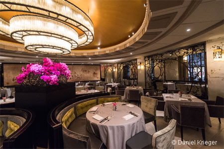 La Chine is as elegant as its concept and food, elevating the notion of Chinese fare to a new level
