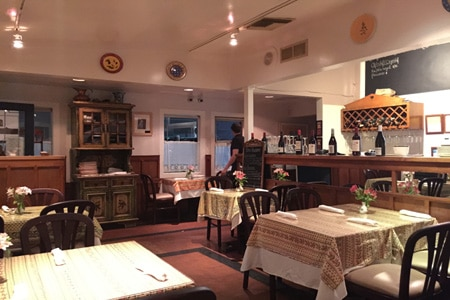 Le Petit Café, Santa Monica, CA