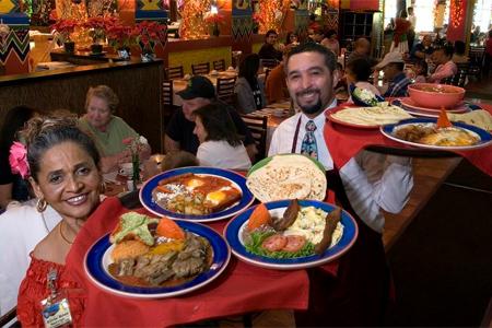 Mi Tierra Cafe y Panaderia, San Antonio, TX
