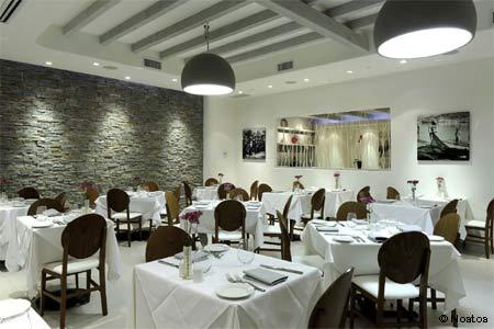 Nostos Restaurant, Vienna, VA