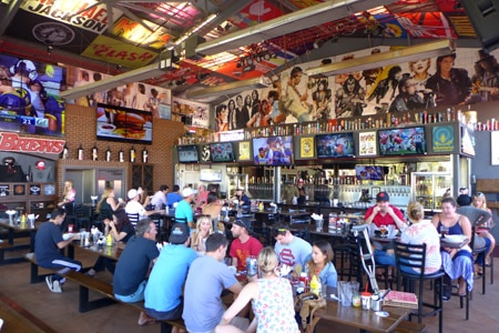 Rock & Brews, El Segundo, CA