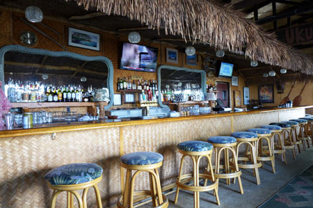 Seafood Bar & Grill restaurant offers an island-style setting and fresh seafood in Kamuela, Hawaii