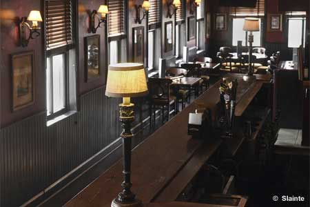 Slainte Irish Pub & Restaurant