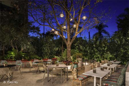 Enjoy a meal on the patio at Spoonfed, one of GAYOT's Best Outdoor Dining Restaurants in Hollywood & Mid-City