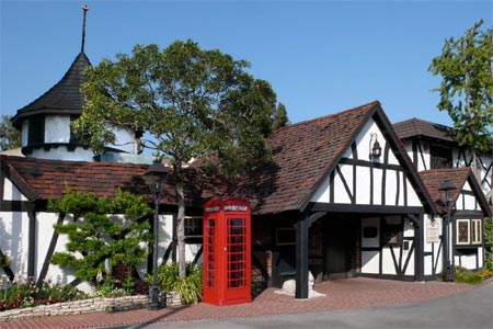 Tam O'Shanter Inn, one of GAYOT's Top 10 British & Irish Pubs in Los Angeles