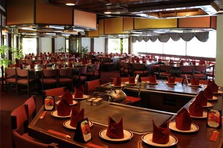 Dining room at Tanaka of Tokyo East, Honolulu, HI