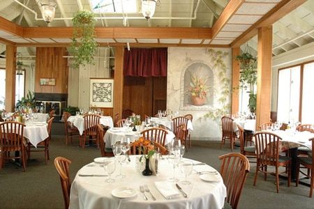 Dining Room at Tuscarora Mill, Leesburg, VA