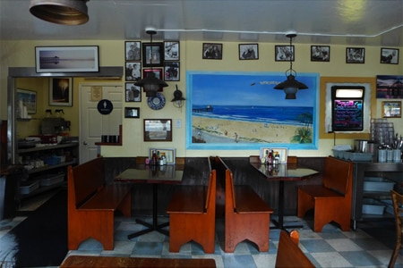 Dining room at Uncle Bill's Pancake House, Manhattan Beach, CA