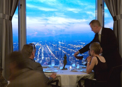 Everest in Chicago, one of our Top 10 Romantic Restaurants in the U.S. for 2009