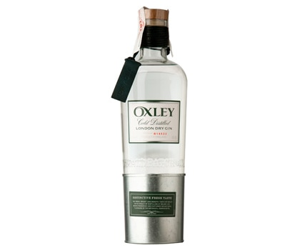 Oxley London Dry Gin, one of GAYOT's featured gins