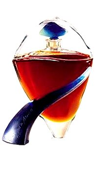 L'Art de Martell was created in honor of Hong Kong's 1997 retrocession to China