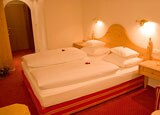 Sleep in at the Hotel-Pension Roggal