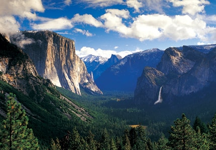Majestic landscape of Yosemite National Park