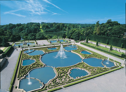 Water Terraces: The gardens at Blenheim Palace are suitably grand