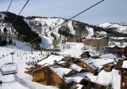 A view of Deer Valley Resort and skiers from a ski-lift